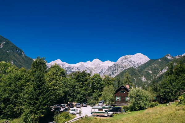 kraljev_hrib_kamniska_bistrica_restaurant_paintball_camping_hostel_rooms_000381BD5643-2C07-31B7-E717-7250652E4A9E.jpg