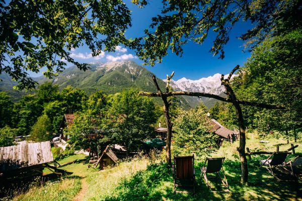 kraljev_hrib_kamniska_bistrica_restaurant_paintball_camping_hostel_rooms_0016F5702E3A-7BB0-BB51-3CB5-2C00BDE16622.jpg