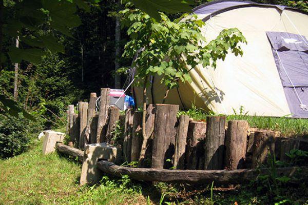 kraljev_hrib_paintball_hostel_rooms_camping_slovenia_00263F5FA65F-2887-D8DD-6634-B96F3256945A.jpg