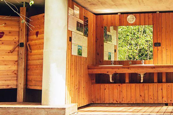 kraljev_hrib_paintball_hostel_rooms_camping_slovenia_002986389B16-C2FF-11F8-E586-2B191081E991.jpg